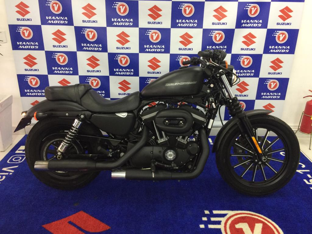 Sportster XL 883 Iron